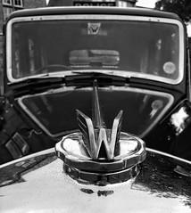 Wolsley (tubblesnap) Tags: grassington 1940s weekend reenactment wartime war ww2 nostalgia motorola motog3 snapseed soldier car vehicle classic bw black white mono monochrome hood bonnet ornament