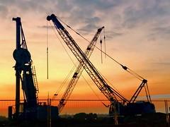 Sunset 🌅 (mathislewin) Tags: chantier grille camion matin grue urbain urban yellow bordeaux bx land se iphone coucherdesoleil soleil de coucher sunset