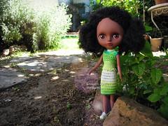Kiara in the garden (Linayum) Tags: jecci jecci5 jeccifive doll dolls muñeca muñecas toys juguetes ganchillo crochet handmade linayum garden green