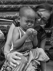 Little story (Andrea Rizzi Esk) Tags: travel person people street child kid sweet cambodia cambodian blac white bw portrait contrast happy temple angkor wat