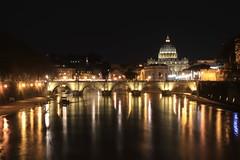 IMG_8866 (suenakaaa) Tags: vaticano vatican italia rome roma night light photosdenuit travel europe sanpietro