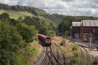 66 109 with 6H53 at Great Rocks Junction.