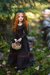 Little Green Riding Hood (hoe-nir) Tags: souldoll soulkid msd bjd doll forest lev