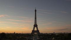 Paris at first light (Emma Varley) Tags: paris eiffel tower first light dawn morning early