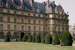 Invalides (bingley0522) Tags: bessat voigtlanderheliar75mmf25 portra160 paris france invalides urbanlandscape urbanarchitecture