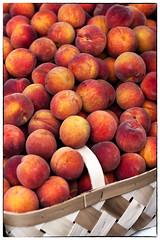 Peaches at the Market (Rob Shenk) Tags: alexandria peaches peach farmersmarket market fruit basket food town alx oldtown dc fujifilm