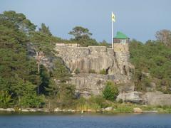 Trollharan (skumroffe) Tags: trollharan building byggnad sandhamn stockholmarchipelago stockholmsskärgård stockholm sweden schweden archipelago skärgård