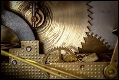 Grandpa's Clock (Inky-NL) Tags: macromondays ingridsiemons©2018 cogwheel cogwheels clock inside meganism meganisme klok vanbinnen macro metal dof