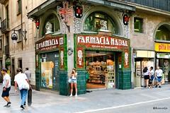 Farmàcia Nadal - Barcelona (rossendgricasas) Tags: barcelona ramblas catalonia street streetphotography people streetart noucentisme photo photoshop photography nikon tamron