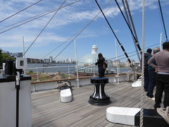 Looking over the river (c_nilsen) Tags: cuttysark ship clippership london unitedkingdom england teaclipper