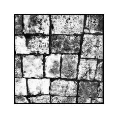 Sous les pavés... (Jean-Louis DUMAS) Tags: artiste artistique artistic art abstrait abstract abstraction route pavé blackandwhite black bw nb noiretblanc