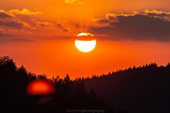 Dilsberg July Sunset - 2018 IV (boettcher.photography) Tags: july juli sashahasha boettcherphotography boettcherphotos germany deutschland badenwürttemberg sommer summer sky neckargemünd dilsberg rheinneckarkreis himmel sonne sun clouds wolken sonnenuntergang sunset horizon horizont