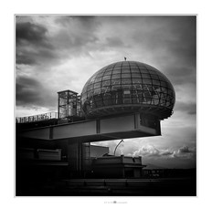 the boss office (paolo paccagnella) Tags: phpph© architecture bw biancoenero blackandwhite territorio italy to lingotto clouds ass ambiente activity flickr foto monochrome