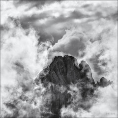 Out of the Clouds... (Ody on the mount) Tags: anlässe berge dolomiten em5ii himmel langkofel mzuiko40150 omd olympus südtirol urlaub wanderung wolken bw clouds monochrome mountains quadratisch sw square