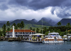 Lahaina, Hawaii (Tony Tomlin) Tags: lahaina hawaii usa clouds mountains yachts sailboats