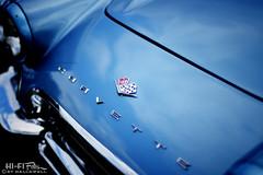 C1 Blues (Hi-Fi Fotos) Tags: c1 corvette chevy vette firstgeneration blue chrome badge hood emblem flag logo vintage american sportscar classiccar detail nikkor 50mm 14 nikon d7200 dx hififotos hallewell