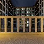 Gebäude der Deutschen Bahn am Nordbahnhof thumbnail
