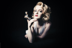 Emmy Does Marilyn (fugjostle) Tags: welshothollywoodemmy thompson canon canon5d steveriley emmythompson marilynmonroe lowkey