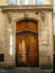 DSC01416 (dottyvdb) Tags: sculptures gard nimes architecture detail porte