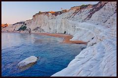 marl steps (ibarenogaray) Tags: realmonte sicilia scala turchi amanecer roca playa acantilado