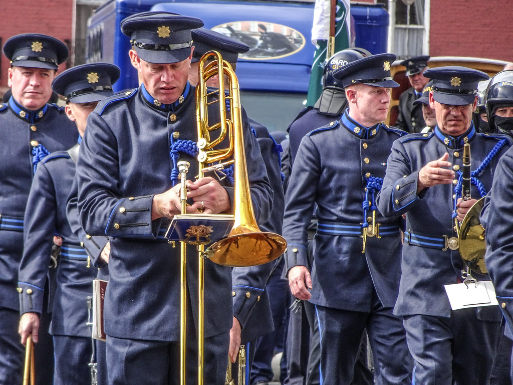 NATIONAL SERVICES DAY [PARADE STARTED OFF FROM NORTH PARNELL SQUARE]-143637
