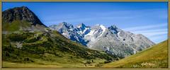 Le pays des Ecrins (watbled05) Tags: ciel extérieur hautesalpes herbe champ massifdesecrins montagne paysage panoramique rochers meige coldulautaret