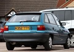 K352 TTY (Nivek.Old.Gold) Tags: 1993 vauxhall astra 14 merit auto 5door aeromotors