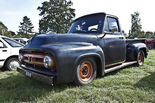 Ford F-100 Pick-Up Truck 1954 (8722)