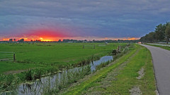 P1060998 (hans hoeben) Tags: dutchlandscapewithsunset weespholland lx3 panasonic dutch landscape with sunset weesp holland