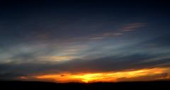 Erguendo a vincha (Eduardo Amorim) Tags: pôrdosol poente entardecer poniente atardecer sunset tramonto sonnenuntergang coucherdesoleil crepúsculo anoitecer pelotas costadoce riograndedosul brésil brasil sudamérica südamerika suramérica américadosul southamerica amériquedusud americameridionale américadelsur americadelsud brazil eduardoamorim