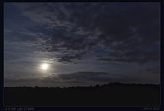 20180825_la pleine lune et Mars (Clapiotte_Astro) Tags: lune moon mars nuages clouds canon700d tamron1750mm treizevents astronomy astronomie astrophotographie astrophotography