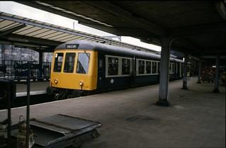Class 108 DMU @ Carlisle, 1986 [slide 8659]