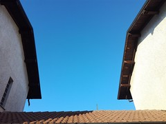Lines and colors (Matt3o Gorla) Tags: lines linee colors sky blue house white summer colori