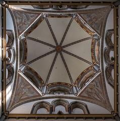 Vierungskuppel Abteikirche Werden (ulrichcziollek) Tags: nordrheinwestfalen essen werden abtei abteikirche stludgerus kuppel romanik romanisch ruhrpott