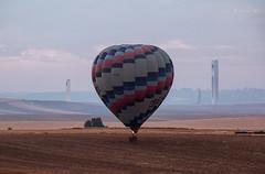 Energías (Zu Sanchez) Tags: globo globoaerostatico gloobo españa espanha zusanchezphotography zusanchez zúsánchez canon canoneos70d balloon balloonride adventure landscape