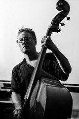 Doug Weiss (antonio porcar cano) Tags: jazz musician bass contrabajo コントラバス