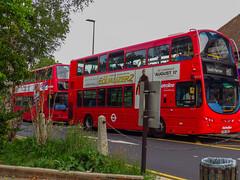 VW1213 + VP628 OV (tomashutchinson1) Tags: metroline vp vp616 vp617 vp618 vp619 vp620 vp621 vp622 vp623 vp624 vp625 vp626 vp627 vp628 stanmore station jubilee london big red bus sovereign harrow west ealing hayes tube tfl h12 h11 h13 h14 h9 h10 travel double decker single