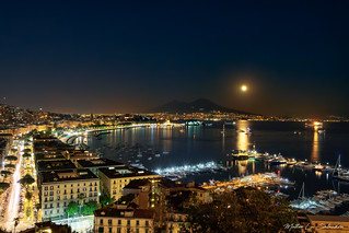 MLS 3-4117 - Napoli by night
