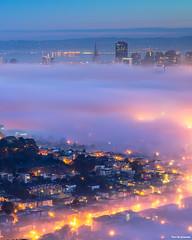 Layers of fog - San Francisco (davidyuweb) Tags: tgif sanfrancisco sf sfist 三藩市 twinpeaks cityscape cityhall