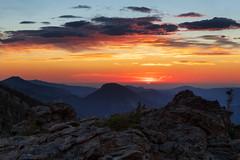 Dawn (Tony Hochstetler) Tags: nikon nikon2870mmf28 d850 rmnp rockymountainnationalpark nationalpark colorado trailridge trailridgeroad sunrise mountains landscape horizontal dawn color