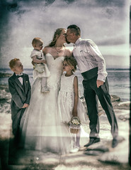 Endless love (Siggi007) Tags: love bride wedding family pose portrait beautiful feelings artistic people sea seaside beach sky looking kiss endless water outdoor scene daylight canoneos6d mood dress suit