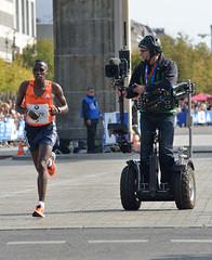 DSC_3879 (ncstriker) Tags: 2018 berlin marathon cameraman segway