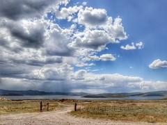 2 LakeSide (Robert Cowlishaw (Mertonian)) Tags: photophari lake dirtroad canonpowershotg1xmarkiii markiii g1x powershot canon mountains summer clouds sky robertcowlishaw mertonian wilderness rain fence