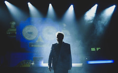 Howard Jones @ Manchester Ritz 24.11.17 (eskayfoto) Tags: panasonic lumix lx3 gig music concert live band stage tour manchester lightroom manchesterritz ritz theritz howard jones howardjones hojo p1640647editlr p1640647