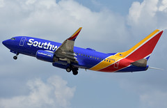 Southwest Airlines Boeing 737-7H4(WL) (DPhelps) Tags: airport aviation spotting airplane plane runway n462wn swa wn southwest b737 boeing 737 737700 kdal dal dallas love
