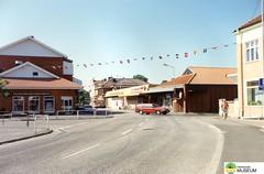 tm_5296 - Grästorp, Västergötland (Tidaholms Museum) Tags: färgat positiv landsväg grästorp livsmedelsaffär