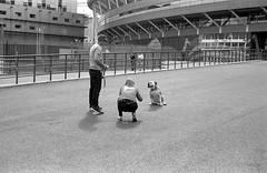 Cardiff 13/09/2018 (The Unfortunate Whale) Tags: film filmphotography ilford ilfordhp5 hp5 harmantechnology southwales negativefilm blackandwhite bw blackandwhitefilm cardiff olympus om om1n olympuszuiko 50mm 50mmf14 zuiko50mm zuiko zuiko50mmf14 zuiko50mmf14mc yellowfilter xtol xtol11 epson epsonv550 scan street streetphotography wales