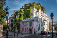 La Maison Rose (www.chriskench.photography) Tags: france chriskenchphotography copyright paris cities europe travel chriskench fujifilm xt2 fr