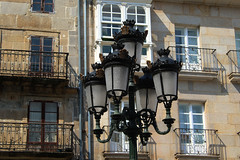 Vigo (hans pohl) Tags: espagne galice vigo architecture lampadaires lamps fenêtres windows