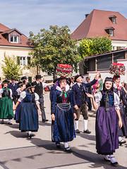 Winzerfest_Umzug_062 (alexanderanlicker) Tags: auggen badenwürttemberg breisgauhochschwarzwald deutschland europa trachtenundbrauchtumsumzug umzug wein weinfest winzerfest winzerfestumzug